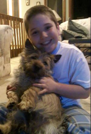 Georgetown Animal Clinic, PC - Veterinarian serving Williamsville, Amherst and Buffalo NY areas: Boy with Puppy